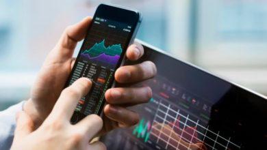 Photo of Akcie, akcie a zase akcie, ale které jsou ty správné? Burzovní investice lákají vdobě koronaviru čím dál více lidí